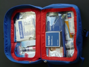 first-aid-kit-59646_640